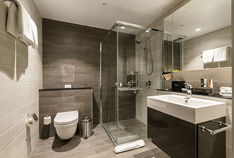 Bournemouth Suite - Ensuite Bathroom