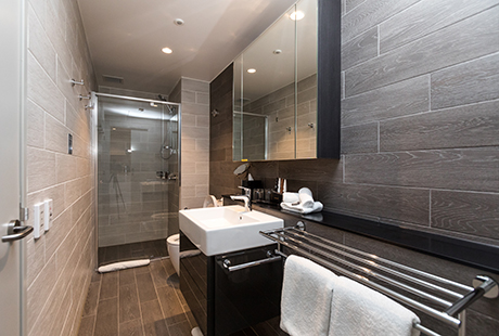 Lyndhurst Suite - Second Bathroom